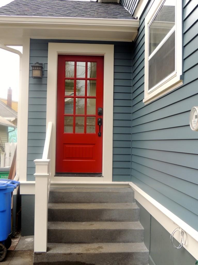 Side entrance House side